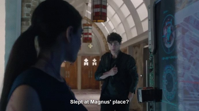 RT @SHRewind2: And you didn't stay for breakfast with him... Alec?!!!! #shadowhunters #ShadowhuntersChat https://t.co/DTc0Nf4W6q