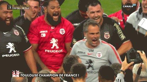 « M.C. Mola se dechaîne ! »  @philousports #GIF #Philouterie #TOP14 @StadeToulousain