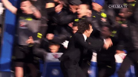 It's 4-3 Conte jumps into the crowd to celebrate with the fans