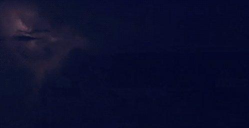 Le soleil brille encore dans le ciel de #lormont mais attention, ça devrait se gâter cette nuit avec des #orages pouvant donner de la #grêle. Restez vigilants ! #pointmétéo #météo #gironde #Bordeaux #vigilance https://t.co/DwsBsdwS5g