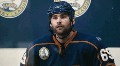 Watched Goon for the first time the other night.  Under-rated, would recommend to watch! https://t.co/CIqPmizFRQ