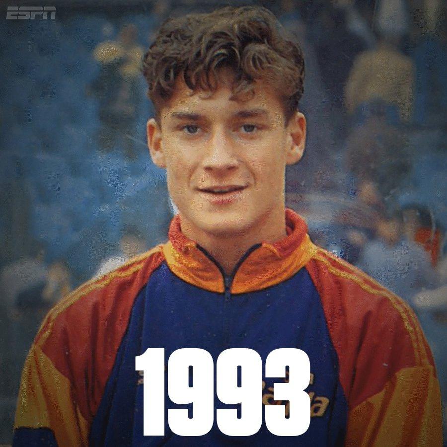 786 appearances 307 goals 25 seasons 1 club legend  #ThanksTotti #Tott...