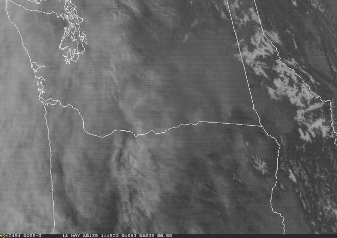 Here's the visible satellite loop of the Pacific Northwest 37 years ago today - as Mount St. Helens erupted. #wawx