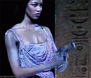 Happy birthday to naomi campbell an iconic queen <3