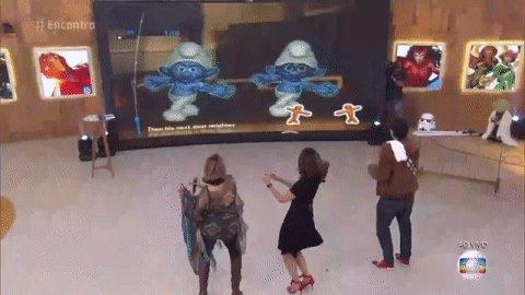 Começando o dia com essa dancinha dos Smurfs 💙💙💙💙 #Encontro https://t....