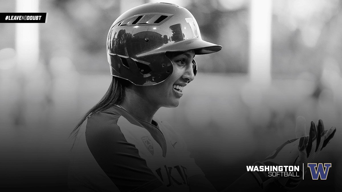 And that's the game! Washington defeats Oregon in their first game of the #WCWS! #LeaveNoDoubt https://t.co/P6CfY35tSl