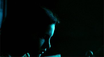 A very happy birthday to the gorgeous Ivana Baquero! ¡Feliz cumpleaños
