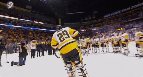 Not exaggerating - this is one of the most iconic moments in Pittsburgh sports history for all its deeper meaning.   https://t.co/RuyHmEZQl8