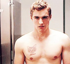Happy birthday to one of the hottest actors alive, Dave Franco!
