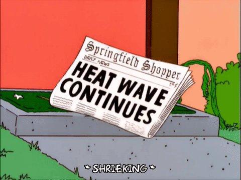 every british person #heatwaveuk https:/...