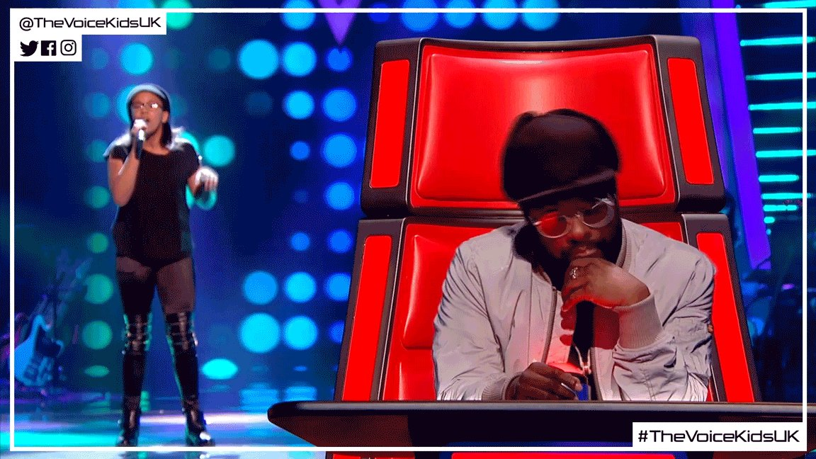 Spin your chair not your head, @iamwill! 😆 #TheVoiceKidsUK https://t.c...