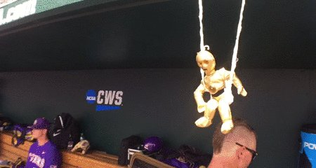 So... Swinging C-3PO is working so far for LSU!   #GeauxTigers https:/...