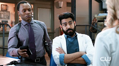 Everyone stay calm. The season finale of #iZombie starts in ONE HOUR....