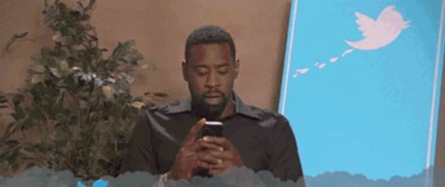 DeAndre Jordan probably just checked twitter like https://t.co/qqNO1lt...