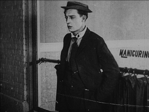 RT @silentmoviegifs: Buster Keaton tries to kill himself in Hard Luck (1921) https://t.co/9KcfFshtOa