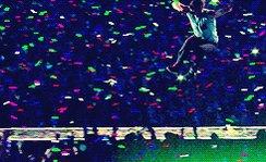 #RT ce tweet + tweetez #ColdplayAvecNRJ ➡️ Gagnez vos places pour le concert #NRJ de @Coldplay à Paris 😎🎉