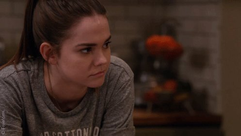 Being reminded tomorrow's an all new episode of #TheFosters. #Brallie...