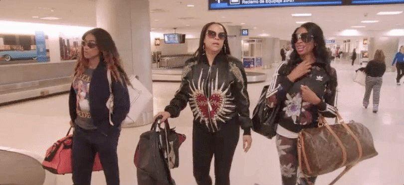 PACK YOUR BAGS!   RETWEET if you're ready for the #BasketballWives MIA...