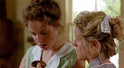 Happy birthday, Mary-Louise Parker!
