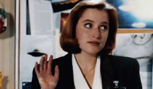 A happy 49th birthday to a huge favourite of many a genre fan, the one and only Gillian Anderson!