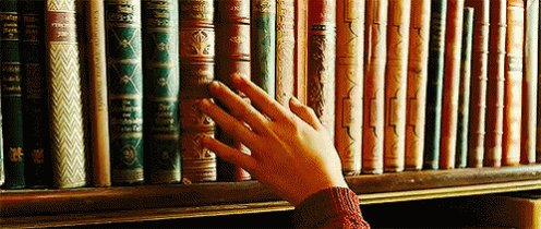 """""""We lose ourselves in books, we find ourselves there too."""" ❤️❤️ https://t.co/fxD1Fqt9QY"""