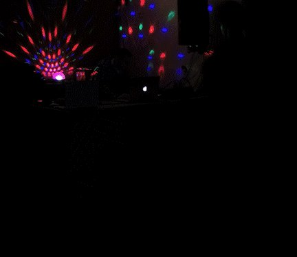 From my last gig @MetaHouseCAM https://t.co/CgQWADBPTI via @GIPHY Playing there again this Thursday