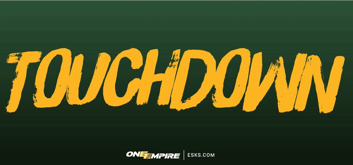 TOUCHDOWN ESKIMOS!!! @Kstaff07 catches the @Rikester13  bomb for the s...