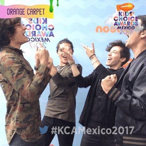 ¡Los #KCAMexico2017 son pura fiesta! ¿Qué tal este baile de triunfo? @...