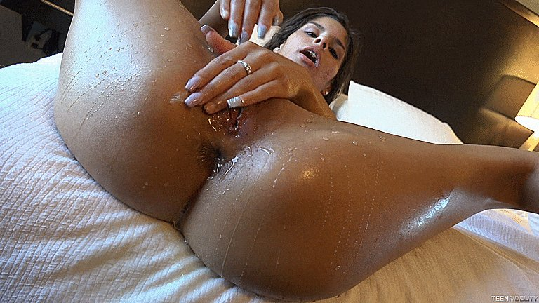Girl Squirting In Another Girls Face