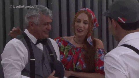 Paulo: 'Casa comigo?' Lorena: 'Você já tá um pouquinho passadinho' 😂😂😂...