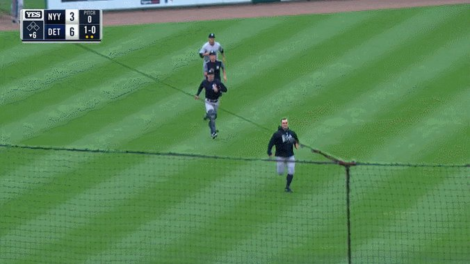 Bae: Come over.  You: Can't. In the bullpen.  Bae: My parents aren't home.   You:    https://t.co/wVhs9VcGVW