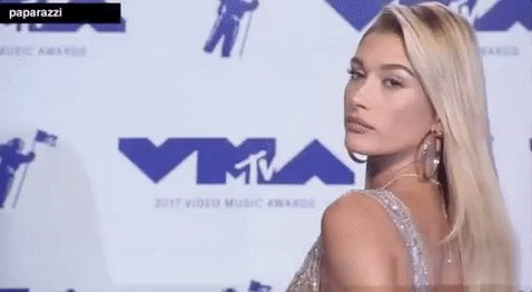 Is it just us or is @haileybaldwin giving us major #Barbie vibes?! #VMAs