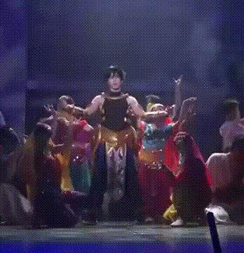 FGO舞台オジマンのキレキレダンスgif #FateGO