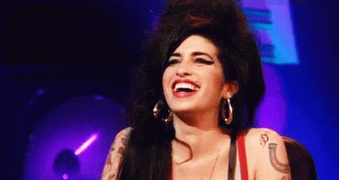 Happy birthday to this incredible singer, Amy Winehouse we love u
