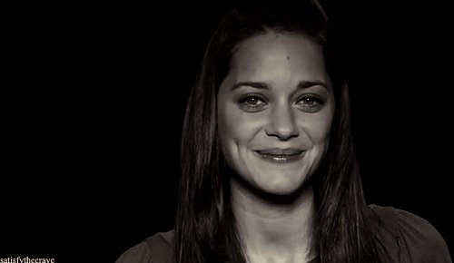 Happy birthday to the Queen of France, Marion Cotillard.