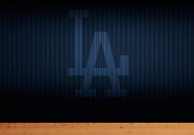 SAFE! 🏃💨  Austin Barnes scores on a fielder's choice! It's #Dodgers 5,...