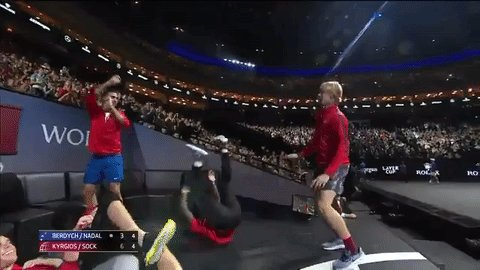 What in the world, World. #LaverCup https://t.co/zDXXcgeXpp