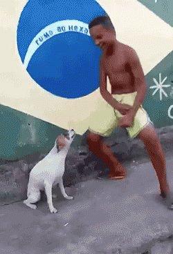 @Louis_Tomlinson COME TO BRAZIL https://...