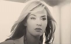 Special day today for this wonderful woman and outstanding actress. Happy Birthday Kate Winslet!