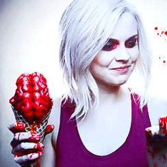 A happy birthday to iZOMBIE\s Rose McIver, who turns 29 today.