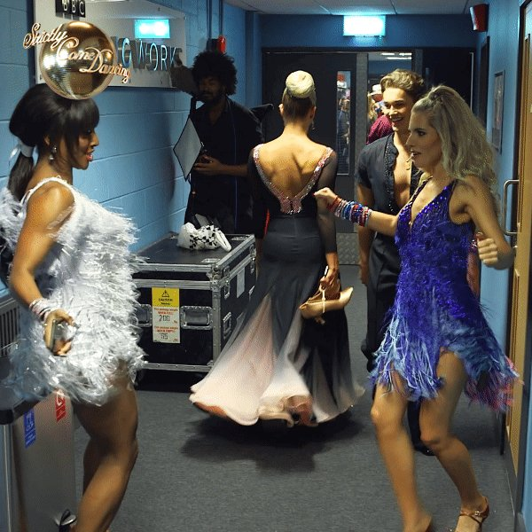 RT @bbcstrictly: Shimmy over to @BBCTwo now for #ItTakesTwo https://t.co/r775lVtwLH