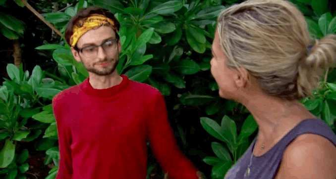 Making alliances before you're even on the same tribe 🙌 #Survivor http...