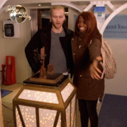 When we say @JonniePeacock and@OtiMabuse are a #Strictly powercouple, we really mean it ⚡️ https://t.co/3xpkIOzfbD