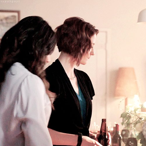 the way alex was looking at maggie when...