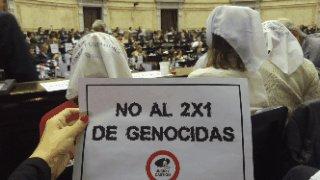 RT @hijos_capital: Pasó en el 2017: NO AL 2X1 A GENOCIDAS https://t.co/UxFLL226un