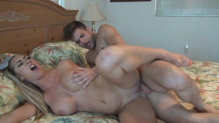 Free son friend sex mom porn pics