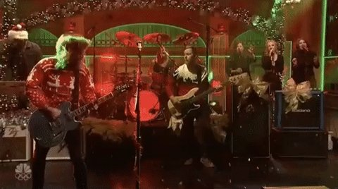 Foo Fighters Snl Christmas.Foo Fighters On Twitter Foos Brought The Jingle Bell Rock