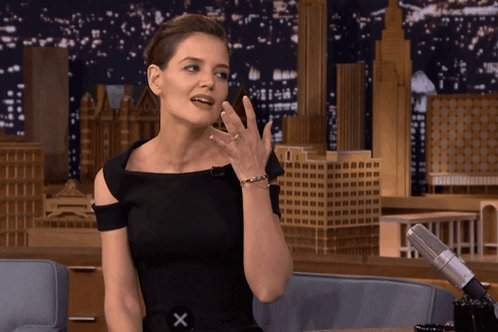 Happy Birthday to one of my favourite actress Katie Holmes. Have a great birthday !