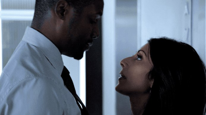 AWKWARD… 😚😨#Blindspot https://t.co/clNIU...