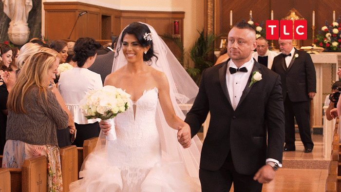 Congrats to the happy couple! 🎊 #SYTTD h...